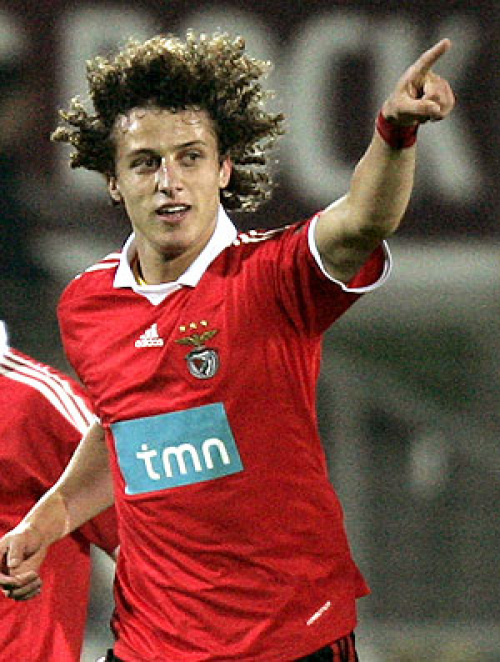 David Luiz só sai por ao menos R$ 66 milhões - Crédito: AFP