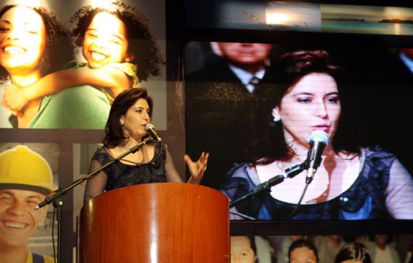 Simone discursa durante cerimônia de posse no cargo de vice-governadora  - Crédito: Foto: Rachid Waqued