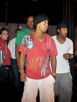 Milan diz que Ronaldinho voltará mesmo ao Brasil  - Crédito: Foto: Hermínio Nune / Ag. RBS