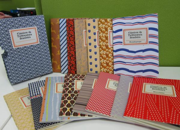 Livros estão sendo vendidos apenas no site  Livraria da Vila   - Crédito: Foto: Divulgação