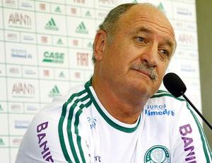Felipão não gostou do desfecho da novela Ronaldinho com o Palmeiras - Crédito: Foto: Ag. Estado