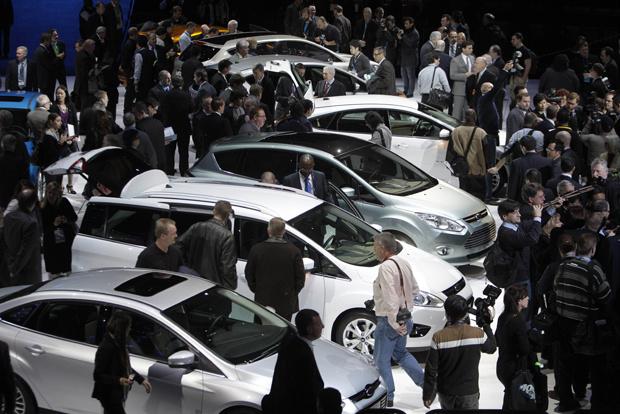 Salão de Detroit dobra o número de lançamentos e volta a contar com a presença de grandes marcas. - Crédito: Foto: AP
