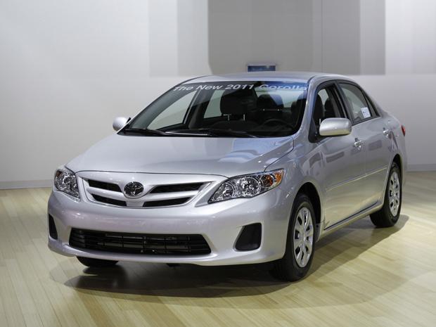 Toyota Corolla 2011 recebeu apenas leves retoques, com novos para-choques, grade, faróis e lanternas - Crédito: Foto: AP