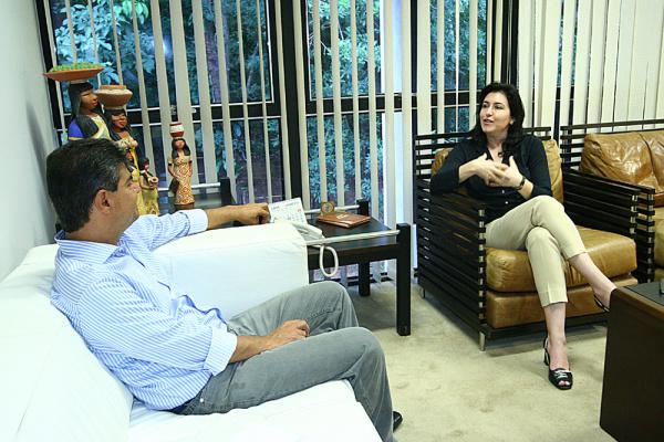 Prefeito Nelsinho e Simone Tebet, governadora em exercício  - Crédito: Foto: Edemir Rodrigues