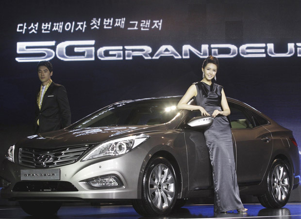 Hyundai Azera 2012 - Crédito: Foto: Lee Jin-man/AP