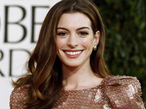 Fã da série, Anne Hathaway sugeriu sua personagem - Crédito: Foto: Matt Sayles/AP