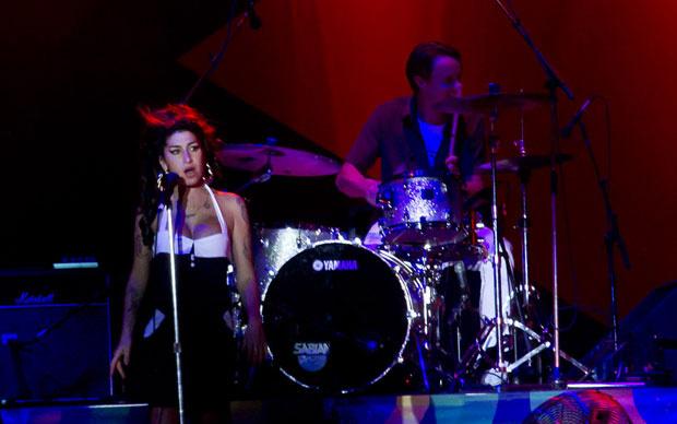 Amy Winehouse durante show em São Paulo - Crédito: Foto: Mateus Mondini/G1