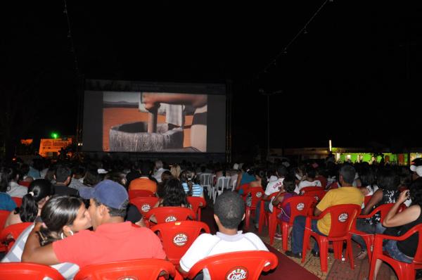 Cinema de graça foi um sucesso em todas as cidades porque passou em MS  - Crédito: Foto: Divulgação