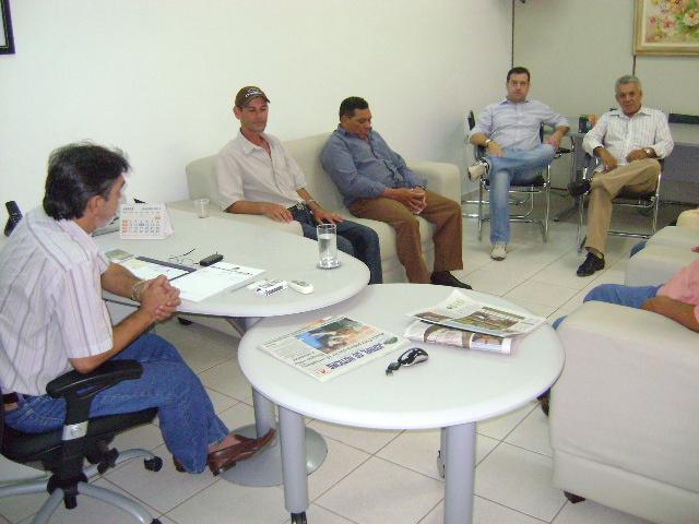 Presidente Ramão de Deus reunido com lideraças   - Crédito: Foto : Divulgação