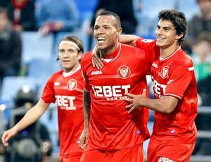 Luis Fabiano ainda é sonho colorado, apesar das dificuldades na negociação - Crédito: Foto: EFE