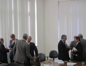 Secretários reunidos no Palácio dos Bandeirantes  - Crédito: Foto: Leandro Canônico/GloboEsporte.Com