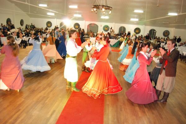 Jantar baile do CTG vai apresentar amanhã a nova patronagem   - Crédito: Foto: Divulgação