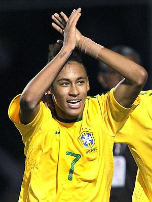 Neymar é o artilheiro do Sul-Americano, com cinco gols. Atacante está pendurado - Crédito: Foto: Mowa Press