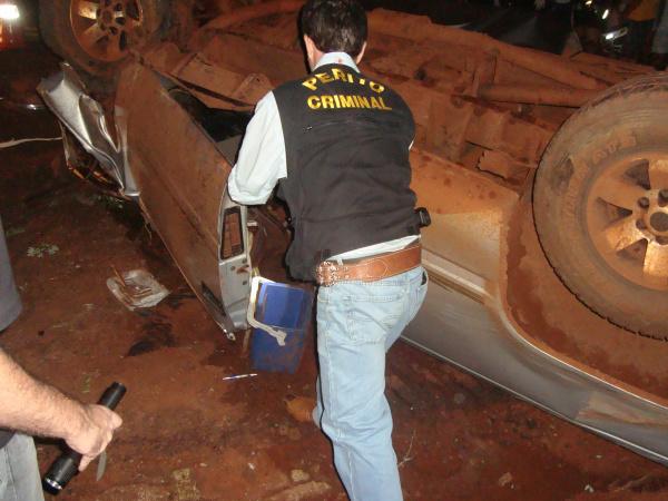 Vítima morreu presa em ferragens. foto -CIDO COSTA/ Douradosagora -