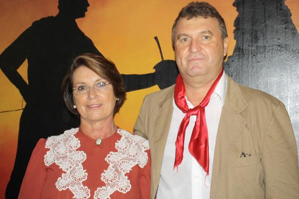 A vice patroa do CTG Sonia Maria o patrão Boniatti. -