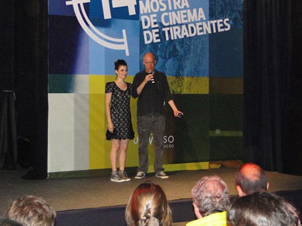 Diretor Toniko Melo e a atriz Arieta Corrêa, de \'Vips\'. - Crédito: Foto: Pedro Triginelli/G1