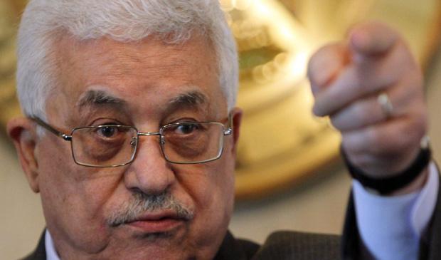 O presidente da Autoridade Palestina, Mahmoud Abbas, durante entrevista nesta segunda-feira - Crédito: Foto: Asmaa Waguih / Reuters