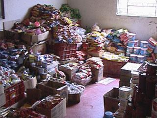 Alimentos vencidos apreendidos em Belo Horizonte  - Crédito: Foto: Reprodução TV Globo