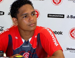 Thiago Humberto tenta retornar ao elenco de cima  - Crédito: Foto: Alexandre Alliatii / Globoesporte.com