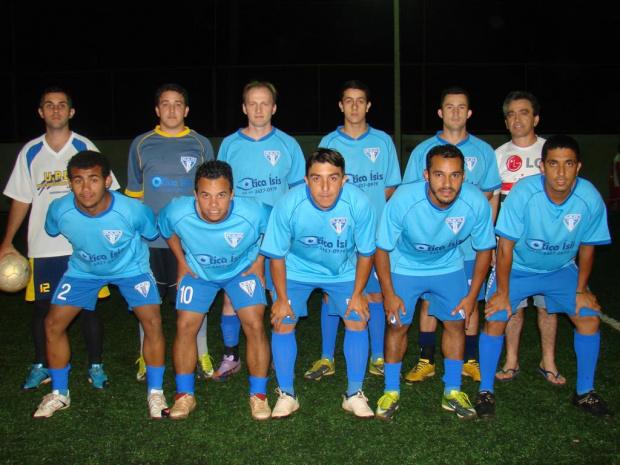 Equipe da Ótica Isis que disputou a primeira edição da Taça Pro Gol de Grama sintética - Crédito: Foto: Arquivo