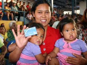 Programa beneficia família que tem renda per capita até meio salário mínimo - Crédito: Foto: Rachid Waqued