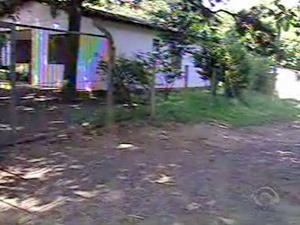Local onde rapaz foi morto em Porto Alegre  - Crédito: Foto: Reprodução/RBSTV