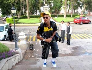 Neymar encara os hermanos no dia 6  - Crédito: Foto: Márcio Iannacca / Globoesporte.com