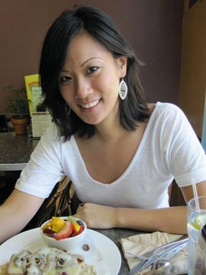 Simone Chen, 27 anos, passou por mastectomia para retirada de tumor. - Crédito: Foto: Arquivo Pessoal
