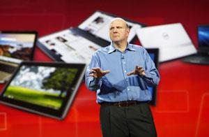 Steve Ballmer, presidente da Microsoft, falando sobre tablets na CES 2011  - Crédito: Foto: Rick Wilking/Reuters