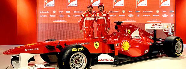 Felipe Massa e Fernando Alonso durante o lançamento do modelo F150 - Crédito: Foto: agência Reuters