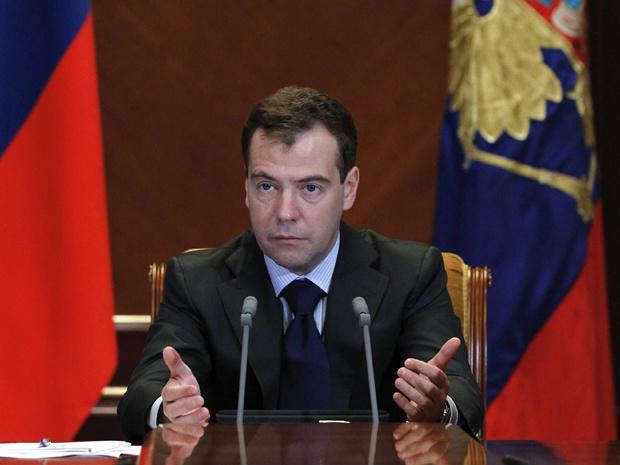 O presidente da Rússia, Dimitri Medvedev, dá entrevista nesta sexta-feira - Crédito: Foto: AP