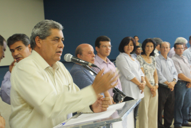 André Puccinelli destaca as qualidades do candidato a prefeito Murilo Zauith - Crédito: Foto: Hedio Fazan