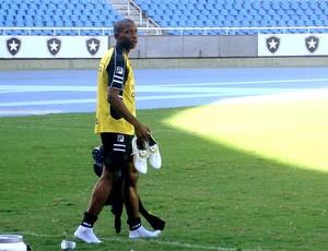 Luis Guilherme pode treinar com o time do Lyon  - Crédito: Foto: Gustavo Rotstein / GLOBOESPORTE.COM