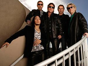 O grupo de hard rock Journey, em sua formação atual - Crédito: Foto: Divulgação