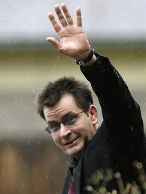Charlie Sheen: \'Votos de melhoras me comoveram muito\' - Crédito: Foto: Rick Wilking/Reuters
