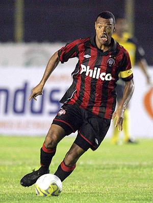 Para Lucas, o meia Paulo Baier fez falta contra o Cascavel - Crédito: Foto: Futura Press