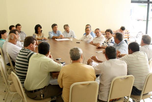 Murilo Zauiht reuniu ontem todos os representantes de partidos aliados - Crédito: Foto: Hédio Fazan/PROGRESSO