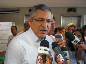 O ministro da Saúde, Alexandre Padilha, na Funasa, em Brasília - Crédito: Foto: G1