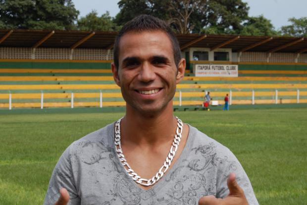 Rafael Vinicius chega para reforçar o Itaporã que juntou foças com a Soccer Union - Crédito: Foto: Divulgação/Antonio Carlos Ferrari