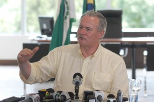 Orlando Pessuti durante coletiva de imprensa em 2010 - Crédito: Foto: José Gomercindo / AENotícias