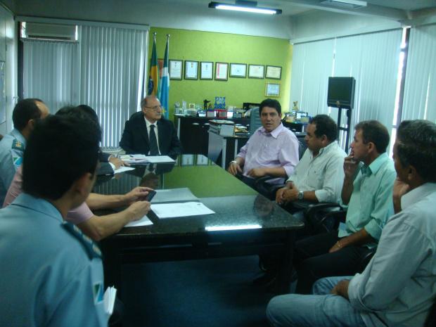 Secretário apresentou o novo comandante do 2º CIPM de, Major Renato - Crédito: Foto : Divulgação