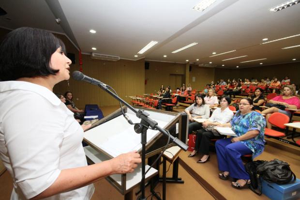 Prefeita abriu o Pró-Letramento que prossegue neste fim de semana - Crédito: Foto: A.Frota