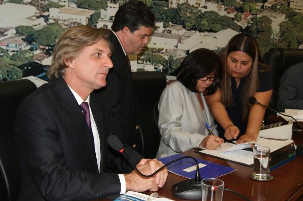 Novo presidente da Mesa Diretora da Câmara de Dourados deverá ser eleito hoje - Crédito: Foto: Hédio Fa-zan/PROGRESSO