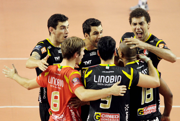 Equipe da Cimed/Florianópolis na Superliga masculina de Vôlei 2010/2011 - Crédito: Crédito: William Lucas/VIPCOMM