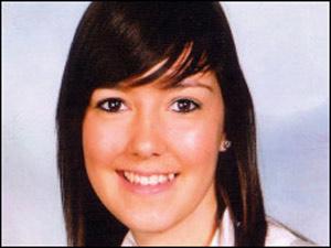 Menina sofre morte súbita após primeiro beijo  - Crédito: Foto: Wales News Service / via BBC