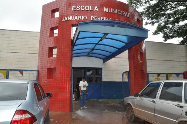 Escolas municipais recebem últimos retoques para abertura do ano letivo na segunda Crédito: A. Frota -