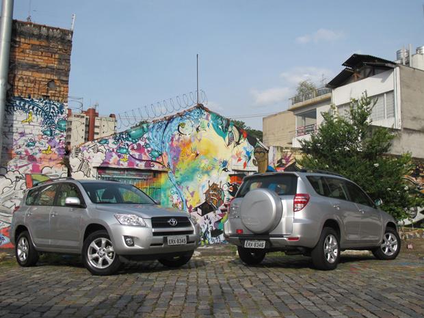Toyota RAV4 com tração dianteira é a aposta da marca para aumentar as vendas entre proprietários urbanos - Crédito: Foto: Milene Rios/G1