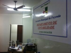 Irmãs sequestradas do prefeito de Colombo prestam depoimento sobre assalto na prefeitura.  - Crédito: Foto: Bibiana Dionísio/ G1 PR