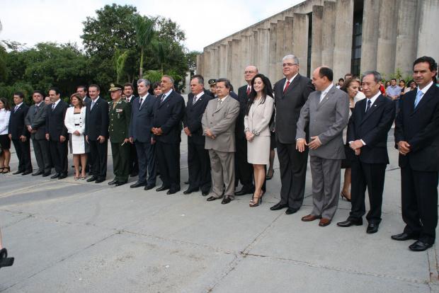 Deputados ontem durante a solenidade de abertura dos trabalhos da Assembleia - Crédito: Foto: Chico Ribeiro