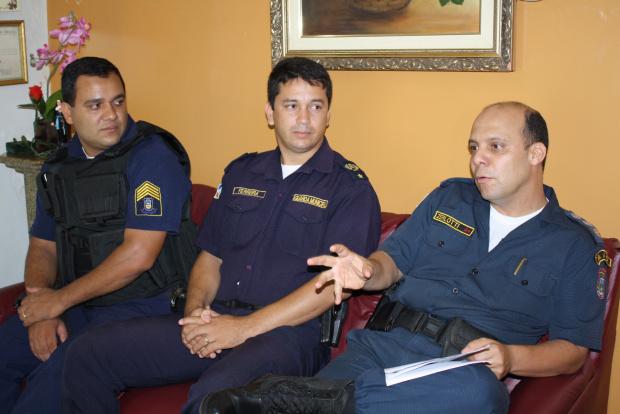 Guarda Municipal Mondadori, diretor operacional Ferreira e o comandante Zerlotti - Crédito: Foto: Hedio Fazan/PROGRESSO